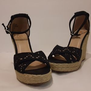 Candie Casey Mone Black Wedge Shoe